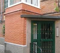 ascensor exterior con portal