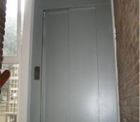 ascensor exterior puerta