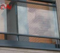 Balcón cristal y acero