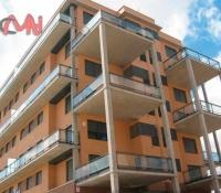 Balcones acero cristal en edificio