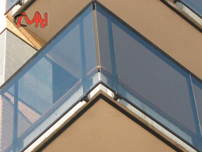 barandillas aluminio y cristal