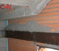 cargadero metálico hueco escalera