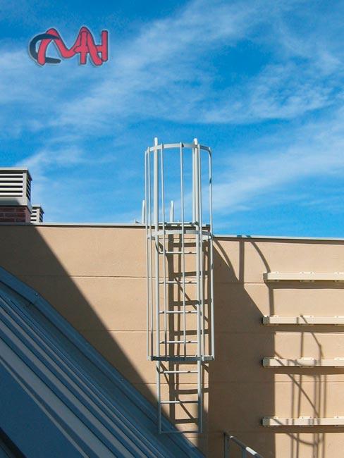 Escaleras exteriores acero galvanizado cerrajer as en madrid - Escaleras de exterior ...