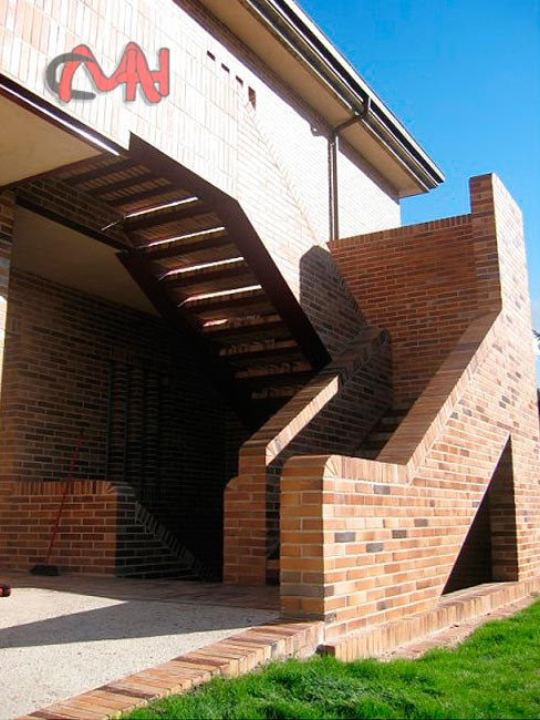 Escaleras exteriores acero galvanizado cerrajer as en madrid - Escaleras de ladrillo ...