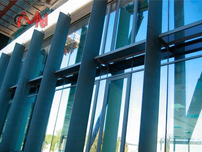 fachada estructuras metálicas