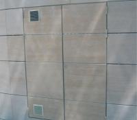 Puertas contadores en acero con piedra