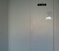 Puertas contadores en aluminio