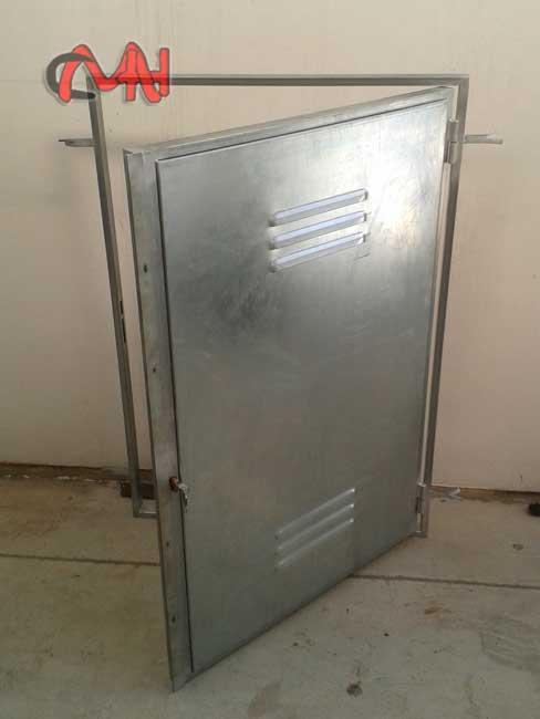 Puertas contadores carpinter a de aluminio cerrajer as en for Puertas galvanizadas