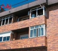 cerramientos terrazas en aluminio en edificio