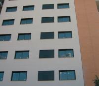 Ventanas correderas en fachada