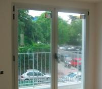 ventanas oscilobatientes puerta