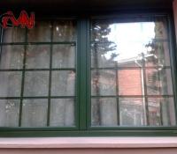 ventanas practicables y cristales con barrotillo