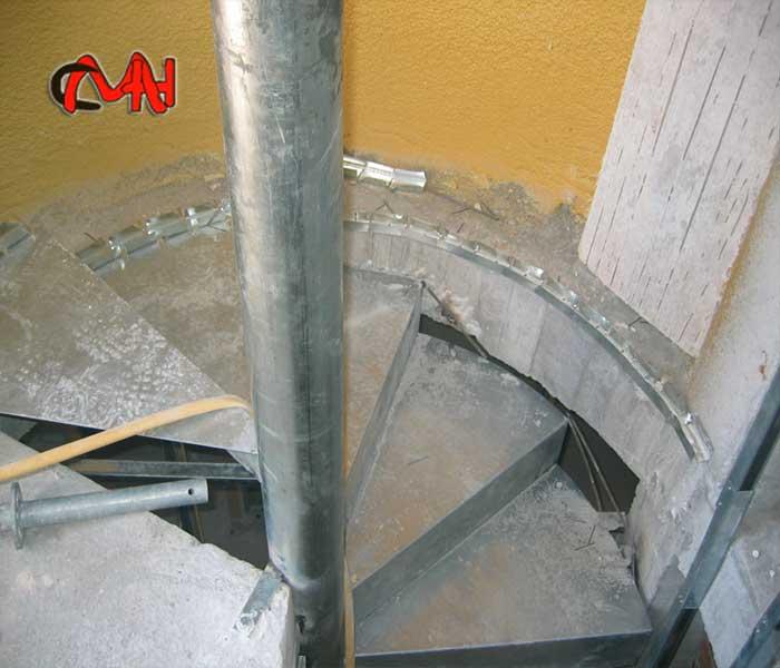 Escaleras caracol de acero galvanizado cerrajer as en madrid - Escalera de caracol exterior ...
