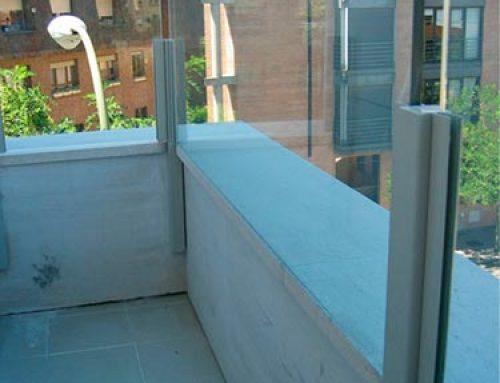 Balcón acero cristal