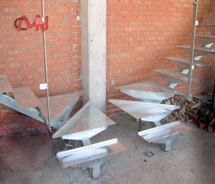 Escalera interior de acero galvanizado