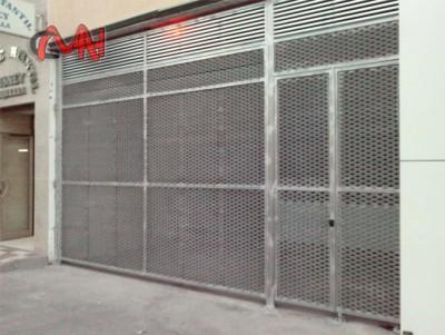 Puertas acero carpinteria aluminio cerrajer as mart nez e for Casetas de hierro galvanizado