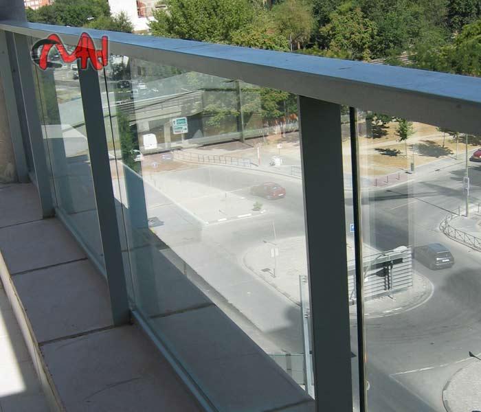 Barandillas-aluminio cristal
