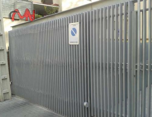 Puerta motorizada garaje